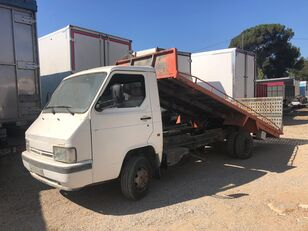 شاحنة نقل السيارات NISSAN TRADE 3.0