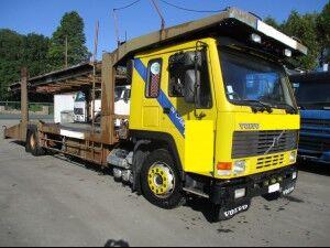 شاحنة نقل السيارات VOLVO FL10