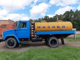 شاحنة نقل الألبان ZIL 433362