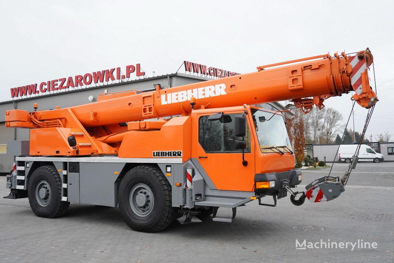 شاحنة رافعة LIEBHERR LTM 1030-2.1 , 4x4x4 , max 30m - 35t , auto-greasing joystick