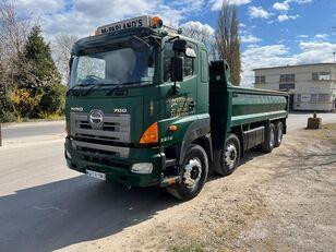 شاحنة قلابة HINO 700