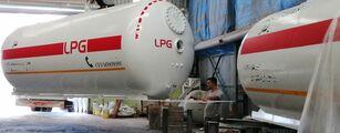 شاحنة نقل الغاز VOLVO 32000L And 24000L PG FULL BOBTAIL TRUCK