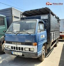 شاحنة نقل المواشي BEDFORD NKR 575/60