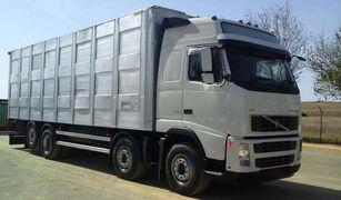 شاحنة نقل المواشي VOLVO FH16 520